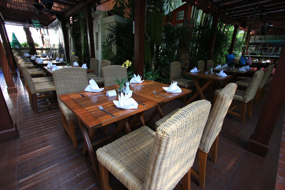 Burasari Resort Phuket - Restaurant
