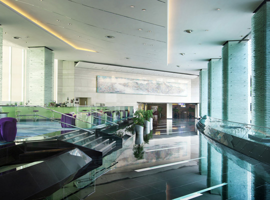 Regal Airport Hotel Hong Kong - Hotel Lobby