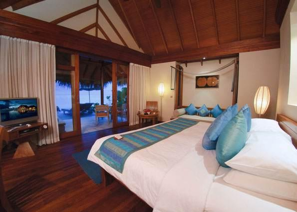 Anantara Dhigu Resort & Spa - Villa Bedroom