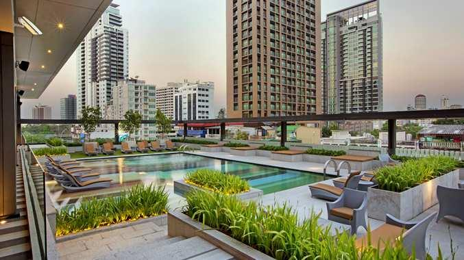 DoubleTree by Hilton Sukhumvit Bangkok - Pool
