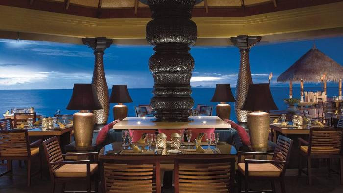 Four Seasons Resort Maldives at Kuda Huraa - Restaurant