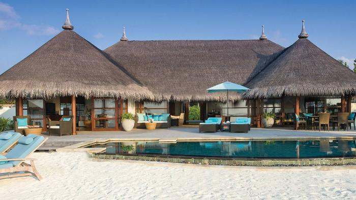 Four Seasons Resort Maldives at Kuda Huraa - Royal Beach Villa