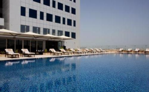 Fraser Suites Dubai - Pool