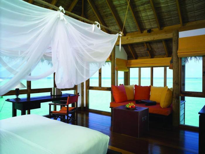 Gili Lankanfushi Maldives - Villa Suite Bedroom