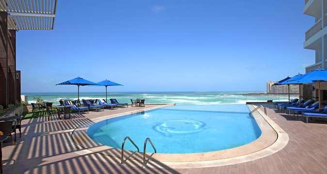 Hilton Alexandria Corniche - Pool