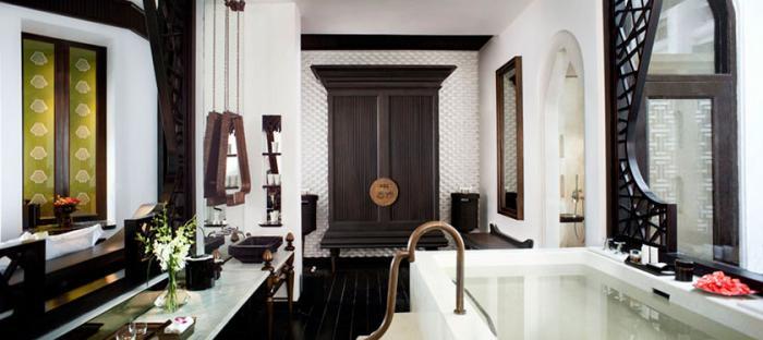 InterContinental Danang - Bathroom