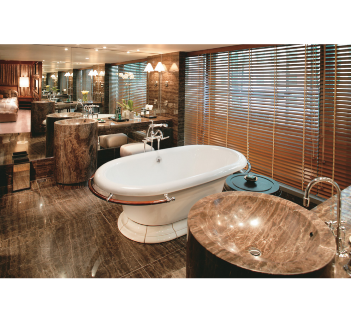 Mandarin Oriental Hong Kong - Oriental Suite Bathroom
