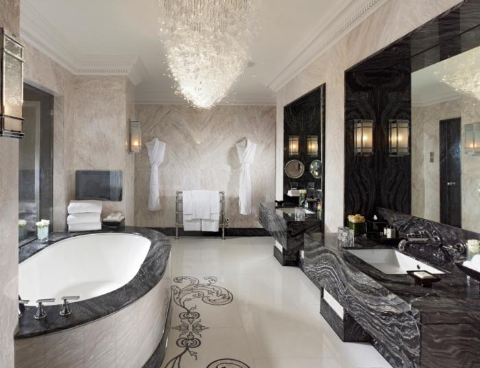 Mandarin Oriental Hyde Park, London - Royal Suite Bathroom