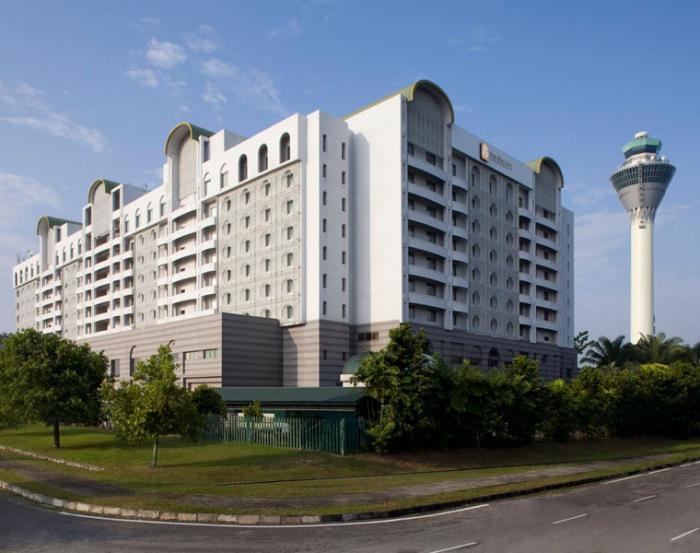 Pan Pacific Hotel Kuala Lumpur Airport - Hotel Exterior