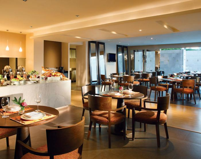 Pan Pacific Serviced Suites Bangkok - Restaurant