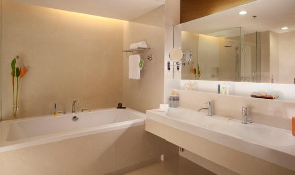 Pullman Bangkok King Power - Suite Bathroom