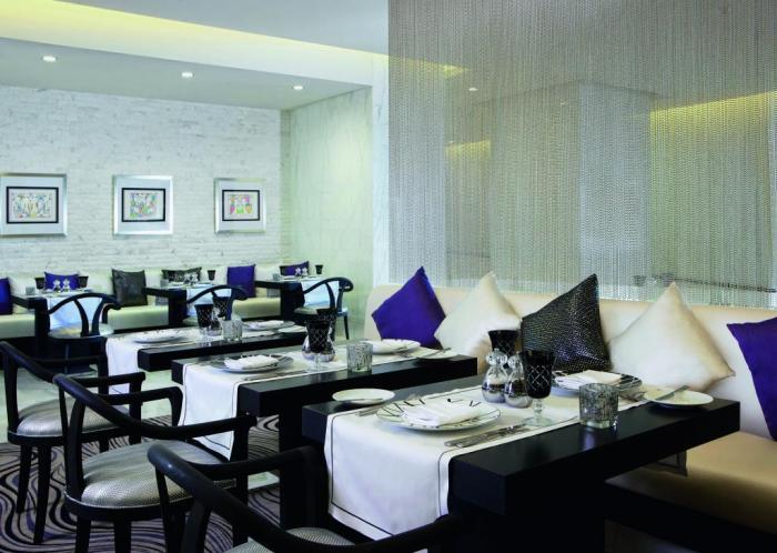 Sofitel Abu Dhabi Corniche - Restaurant