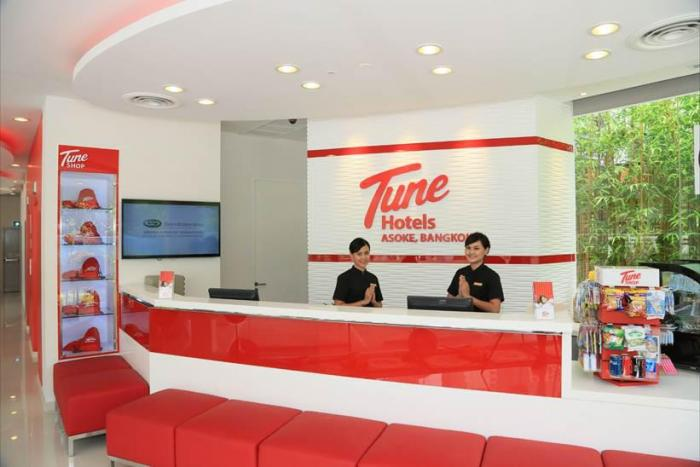 Tune Hotel Asoke Bangkok - Hotel Reception