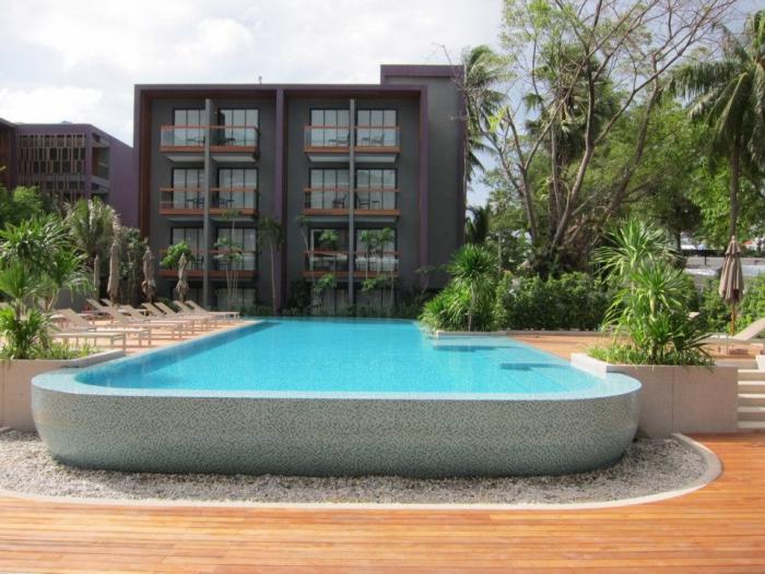 Holiday Inn Express Phuket Patong Beach Central - Pool