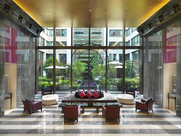 Mandarin Oriental Paris - Hotel Lobby