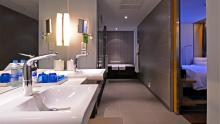 Aloft Bangkok - Savvy Suite Bathroom