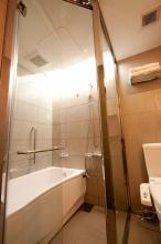 Best Western Shinjuku Astina Hotel Tokyo - Bathroom