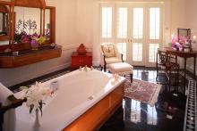 Mandarin Oriental Bangkok - Oriental Suite Bathroom
