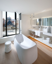 Mandarin Oriental Barcelona - Suite Bathroom