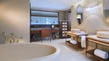 The St. Regis Mauritius Resort - Deluxe Room Bathroom